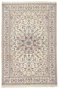 Nain extra fine, wool and silk - Iran 155 x 112 - 5,600 Net 3,600